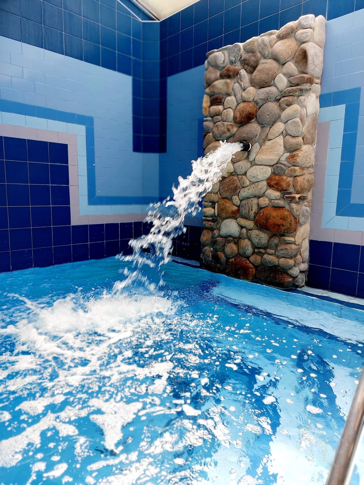 Wellness s bazénem se slanou vodou