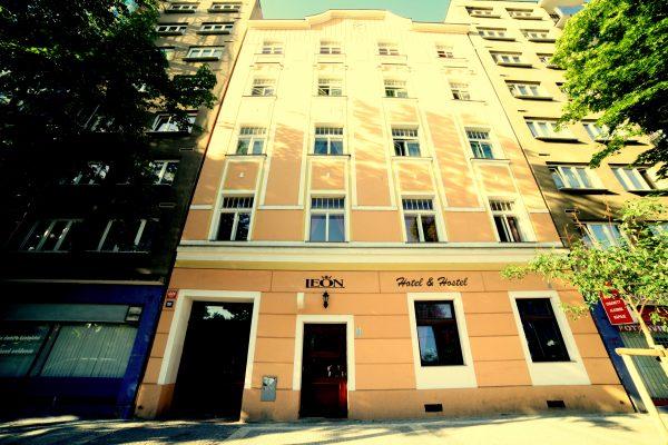 double room 25€.