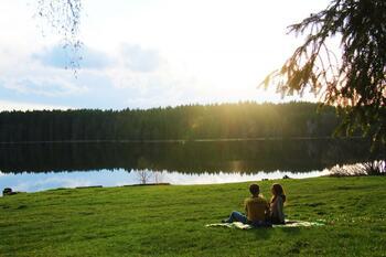 Pikniková romantika u Medlovského rybníka