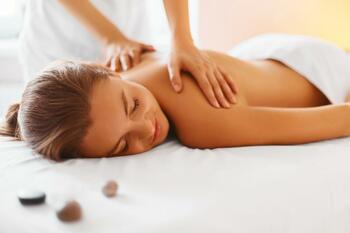 Relaxační pobyt na Medlově s výběrem masáží a koupelí (sleva až 30 %)