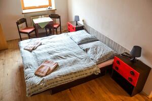 pokoj 204
