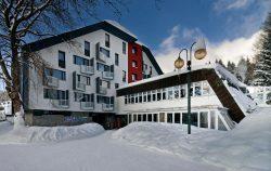 Astra hlavní vchod - Hotel Astra Špindlerův mlýn