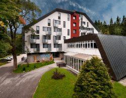 jaro u hotelu Astra - *** Hotel Astra Unterkunft Spindleruv Mlyn