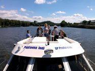 Tarpon 42 A je ideálním plavidlem i pro větší skupinky lidí... - SP Praha s.r.o.