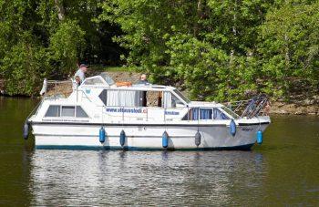 Viking 1000 - velice komfortní a skvěle ovladatelné plavidlo pro Vaši nezapomenutelnou dovolenou - SP Praha s.r.o.