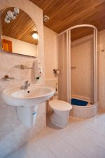 Sanitary equipment rooms - Czech Paradise Accommodation - Bed & restaurant on Špici