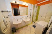 koupelna - SKLEP accommodation - apartmány a hostel v centru Prahy